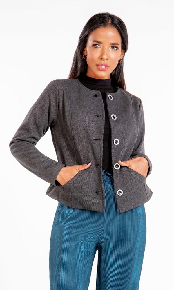 chaqueta-para-mujer-al-por-mayor-chaqueta-de-moda-san-alejo-moda-frente-GLAMOUR-gris.jpg