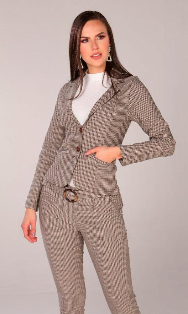 chaqueta-para-mujer-al-por-mayor-chaqueta-de-moda-San-alejo-moda-ref-MARA-frente-escoces-cafe